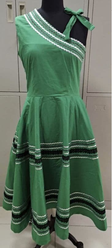 Patio dress vintage 1950s style one shoulder Mexican full circle dress in green