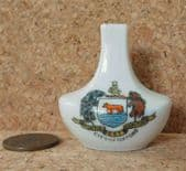 Crested china CITY OF OXFORD miniature vase Fortis est veritas Regency Ware