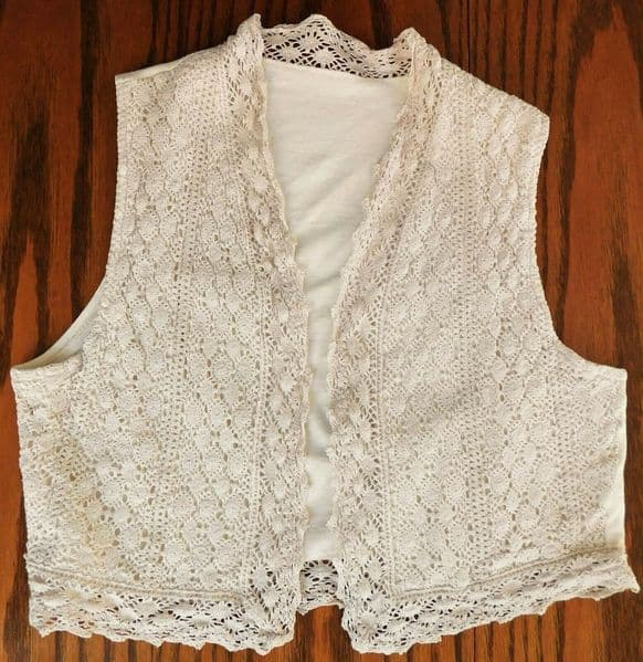 Lace waistcoat pure cotton open fronted medium size ladies vintage clothing
