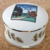 Thetford Forest Park trinket ring pill box bone china squirrel oak leaf Norfolk