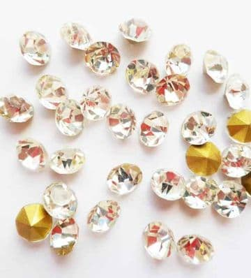 'Diamante Jewels'. 5mm. Pack of 50 or 20.