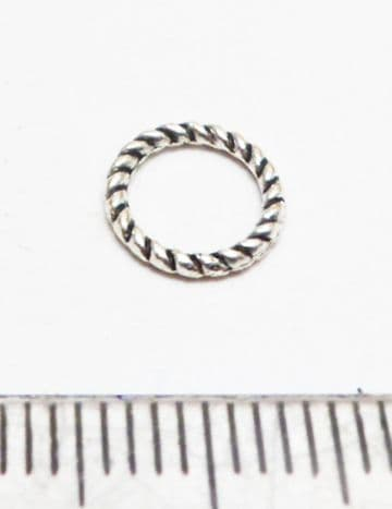 Twisted ring 8mm. Silver x 35
